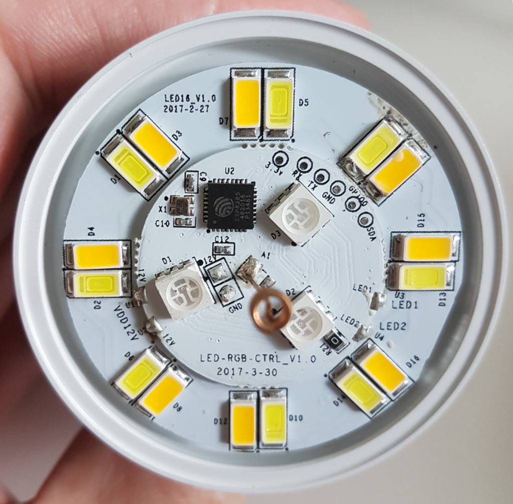 Sonoff B1 2 1024x1006 - Présentation de l'ampoule connectée Sonoff B1