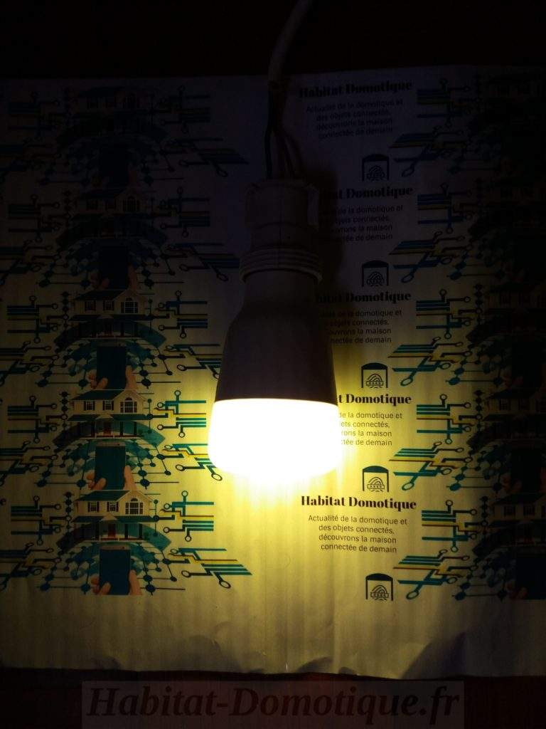 Ampoule-Xiaomi-Yeelight-Presentation-12