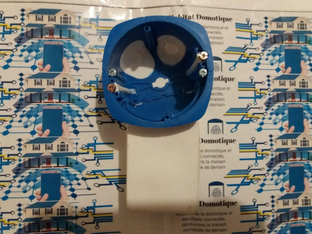 boîtier d'encastrement pour micro module